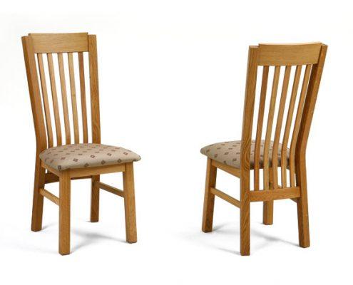 Eiken stoel nr. 2