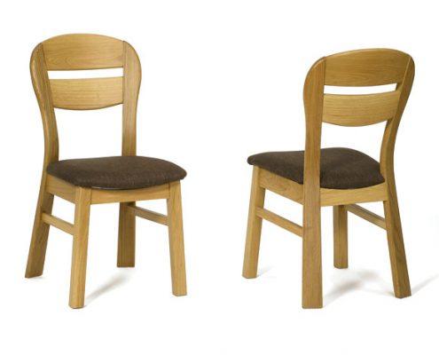 Eiken stoel nr. 1